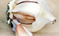 Garlic is just one food that you can use to help improve blood flow.