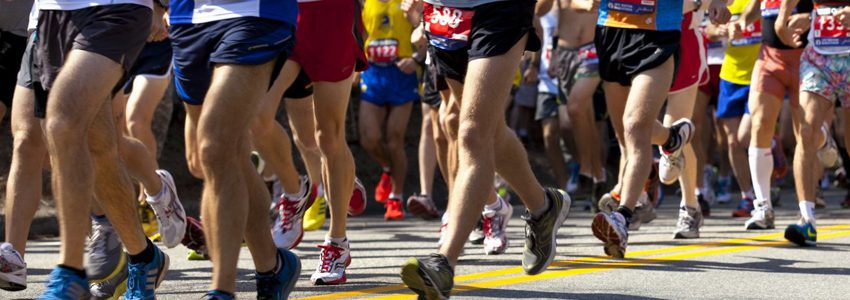 Here's how travel physical therapists can help marathoners reach their race goals in 2018.