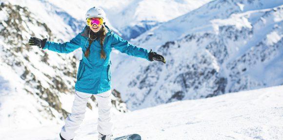Popular Activities for Travelers in the Summer & Winter