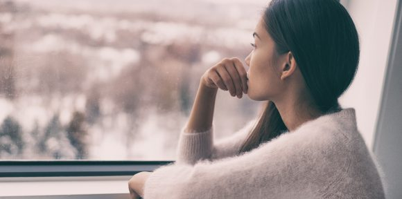 How Healthcare Travelers Can Address Loneliness